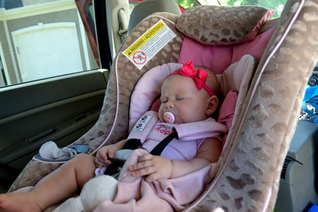 How to Calm Down a Crying Infant in a Car Seat