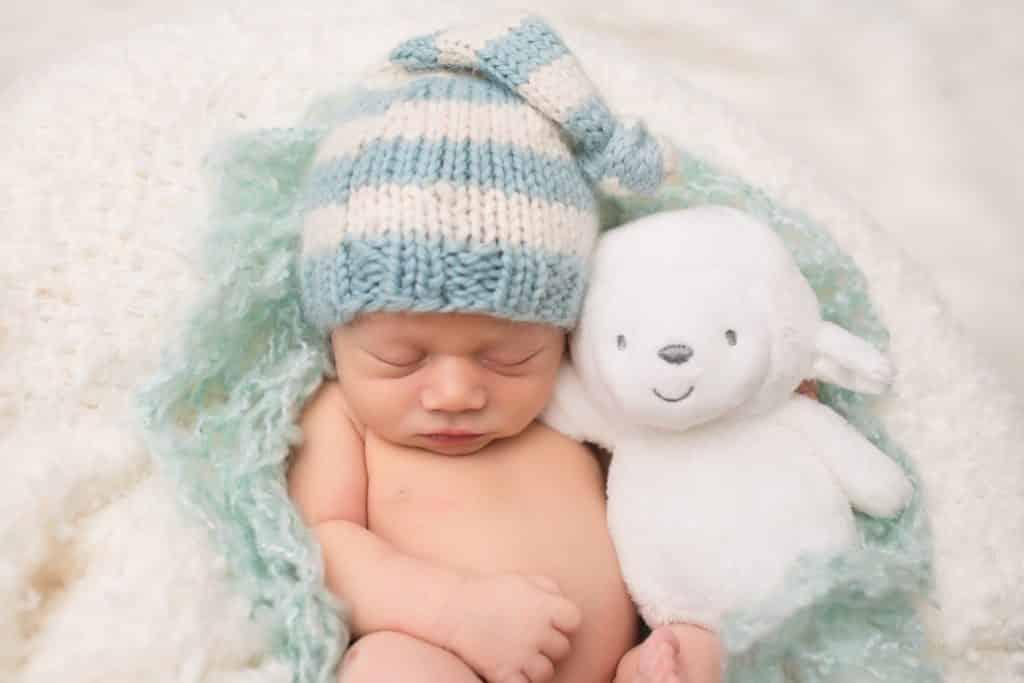 when can baby sleep with stuffed animal